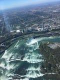 Antennskott av hästskofalls- Niagara Falls Ontario Royaltyfri Fotografi