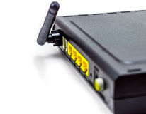 Anterna negro del lado trasero del router del DSL de cuatro orificios Imagenes de archivo