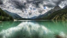 Anterselva, paisaje del lago en las montañas Imagenes de archivo