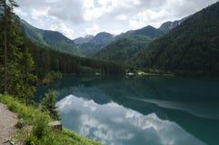 Anterselva sjö på den sena våren Fotografering för Bildbyråer