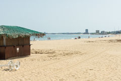 Antes de la abertura de la estación de la natación en la playa de Sunny Beach en Bulgaria Fotos de archivo