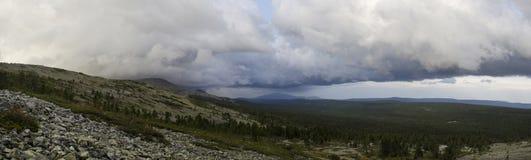 Antes de la lluvia Fotos de archivo