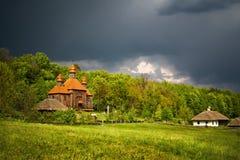 Antes de um thunder-storm Imagens de Stock Royalty Free