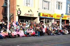 Antes del desfile de Papá Noel en Toronto Fotos de archivo