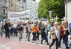 Anti--abort demonstration Arkivbild