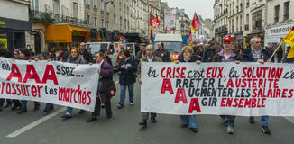 anti austerityparis protest Arkivfoton