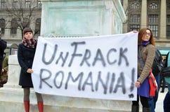 Anti demonstração de Fracking e contra Rosia Montana Gold Corporation Fotos de Stock