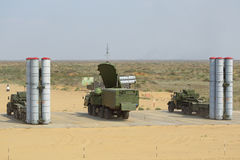 Anti--flygplan missilkomplex S-300 (morrandet SA-10) Arkivbild