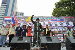 Anti-Government People's Army Group Rally in Bangkok. A former army officer addresses a several thousand strong anti-government rally at Lumpini Park on August 4 Royalty Free Stock Photos