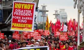 Anti-government protest tijdens de 150ste geboortedatum van Andres Bonifacio Stock Foto