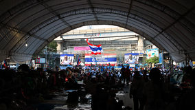 Anti-government protesters at Pathumwan intersection Royalty Free Stock Photography