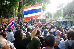 Anti-government protesters to blockade the Royal Thai Police Stock Photo