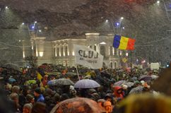 Free Anti Government Protests In Bucharest In Inclement Weather. Stock Photo - 127900130