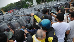 Anti-Government samla i Bangkok Royaltyfria Foton