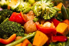 Anti-inflammatory pan with chicken and vegetables Stock Photography