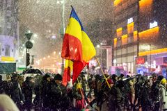 Anti--korruption protest i Bucharest royaltyfri fotografi