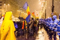 Anti--korruption protest i Bucharest royaltyfri foto