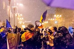 Anti--korruption protest i Bucharest arkivfoto