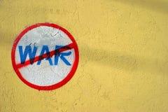 anti kriga Arkivbilder