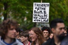 Anti raduno dei tagli a Londra Immagine Stock