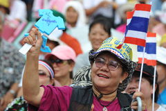 Anti--regeringen folkets gruppen för armé samlar i Bangkok Royaltyfri Fotografi