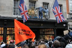 Anti-Schneiden Protest in London Lizenzfreies Stockbild