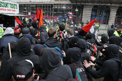 Anti-Schneiden Protest in London stockbild