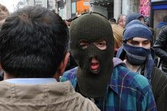 Anti-Schneiden Protestierender in London Stockbild