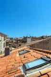 Antibes dachu stary grodzki widok i linia horyzontu Zdjęcia Stock
