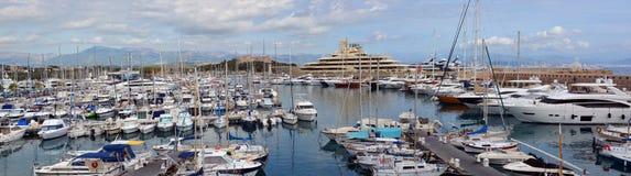 Antibes Marina Panorama, Taubenschlag ein ` zur; Provence, Frankreich lizenzfreies stockfoto