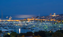 Antibes 's nachts op Franse Riviera Royalty-vrije Stock Foto's