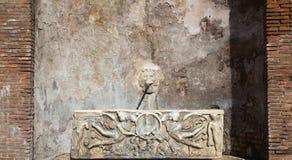 Antic πηγή της Ρώμης Στοκ Εικόνες