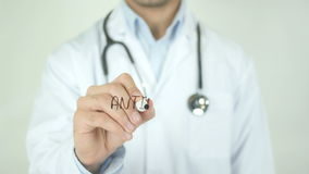 Anticorpi, il dottore Writing sullo schermo trasparente video d archivio