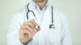 Anticorpos, doutor Writing na tela transparente vídeos de arquivo