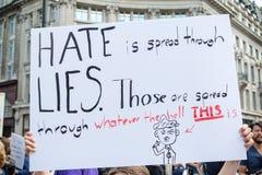 Antidonald trump rally in Centraal Londen royalty-vrije stock foto's