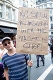 Antidonald trump rally in Centraal Londen stock afbeelding