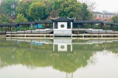 Antiek brug-Nan-Tchang Mei Lake Scenic Area Stock Foto's