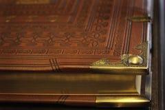 Antieke bijbel Stock Foto's