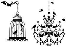 Antieke birdcage en kroonluchter,   royalty-vrije illustratie