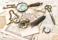 Antieke bureautoebehoren, oude met de hand geschreven post Royalty-vrije Stock Foto's