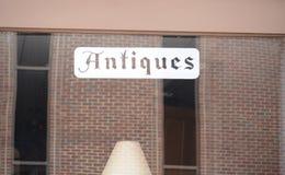 Antieke Collectibles-Giftwinkel royalty-vrije stock afbeelding