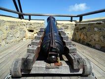 Antieke die canon in de vroege 19de eeuw wordt gebruikt om Fremantle te verdedigen royalty-vrije stock afbeeldingen