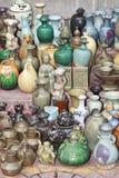 Antieke die porseleinvoorwerpen bij Panjiayuna-Markt, Peking, China worden getoond Royalty-vrije Stock Foto