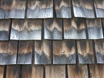Antieke houten Dakspanen met Grijze en Beige Tonen Royalty-vrije Stock Afbeeldingen
