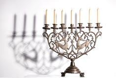 Antieke Joodse menorah royalty-vrije stock afbeelding