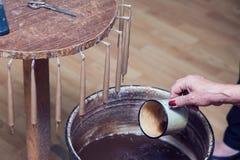Antieke manier om kaarsen te maken royalty-vrije stock foto
