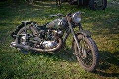 Antieke motor die door leger in de Tweede Oorlog van de Wereld wordt gebruikt Royalty-vrije Stock Afbeelding