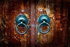 Antieke oosterse deurkloppers Stock Afbeeldingen