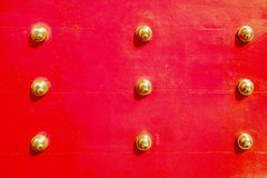 Antieke Rode Chinese deur Royalty-vrije Stock Afbeelding