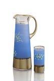 Antieke vaas - besnoeiingsglas - dat op witte achtergrond wordt geïsoleerd Stock Afbeeldingen